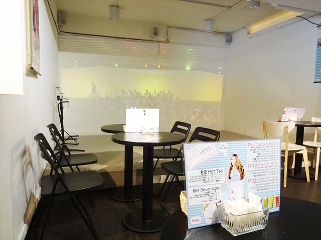 台北【無双カフェ(MUSOU cafe)】でライブを見る