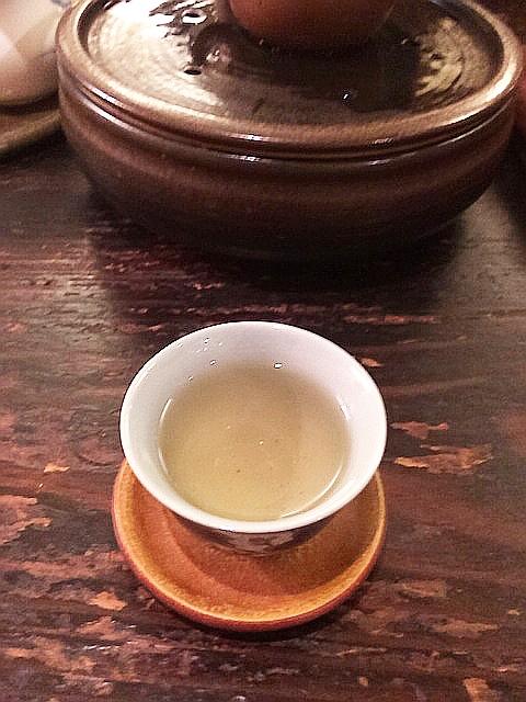 本格烏龍茶