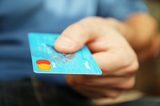 必需品2:クレジットカード