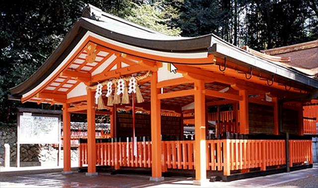 伏見稲荷大社のおもかる石・奥社奉拝所