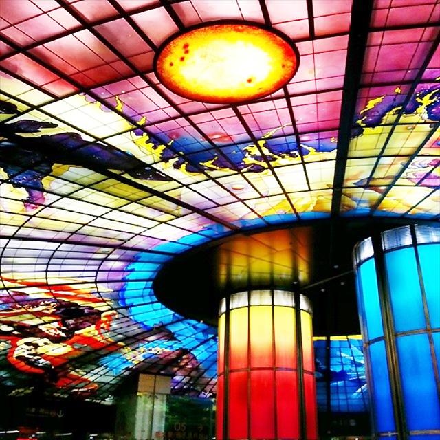 台湾高雄「美麗島駅」の【光のドーム(光之穹頂)】