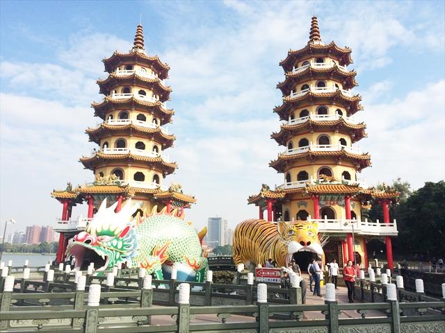 台湾高雄のパワースポット観光【蓮池潭 龍虎塔】への行き方・アクセス