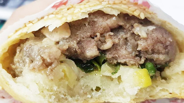 【艋舺夜市(華西街夜市)】で胡椒餅を食べよう
